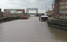 Places - The-River-Hull-and-its-Tidal-Barrier